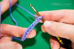 Learn to crochet - Tutorial - Crochet Chain Stitches