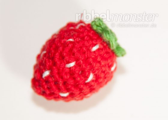 Amigurumi – Crochet Small Strawberry
