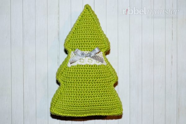 Crochet Small Christmas Tree Pillow