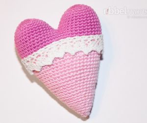 Amigurumi - Crochet biggest Tilda heart - tutorial - crochet pattern