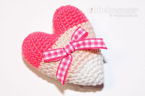 Amigurumi – Crochet small Tilda heart