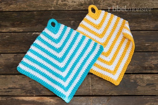 Crochet Pot Holders – Squared out of the Corner