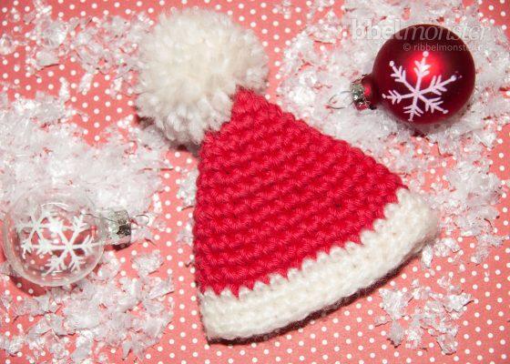 "Crochet Egg Warmer ""Santa Hat"""