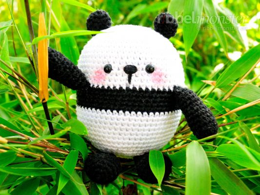 "Amigurumi – Crochet Biggest Panda ""Mao"""