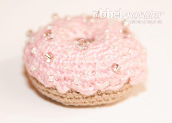 Amigurumi – Crochet Big Strawberry Donut