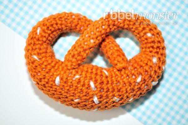 Amigurumi – Crochet Tiny Pretzel